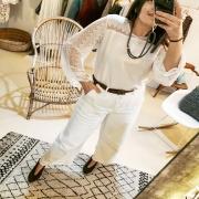 WHITE ❤️ Aujourd'hui, on vous a préparé des petites blouses claires et bohèmes. Détails dentelles et manches évasées, les beaux jours nous donnent pleins d'idées ! . . . #whitelook #whiteoutfit #outfit #ootd #bohostyle #bohochic #boheme #unique #creation #spring #springiscoming #new #collection #inspiration #mode